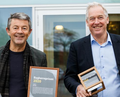 På billedet ses DTUs campusdirektør Jacob Steen Møller og bygherrechef Claus Møller Rasmussen